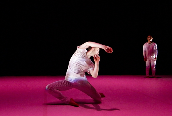 Les-Fairies_Photo-by-Chadi-El-Khoury,-Courtesy-of-Dark-Cirles-Contemporary-Dance_02.jpg