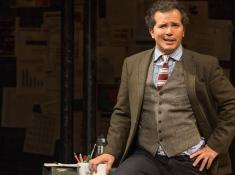 John Leguizamo in Latin History for Morons